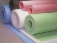 penovy polyethylen barvy